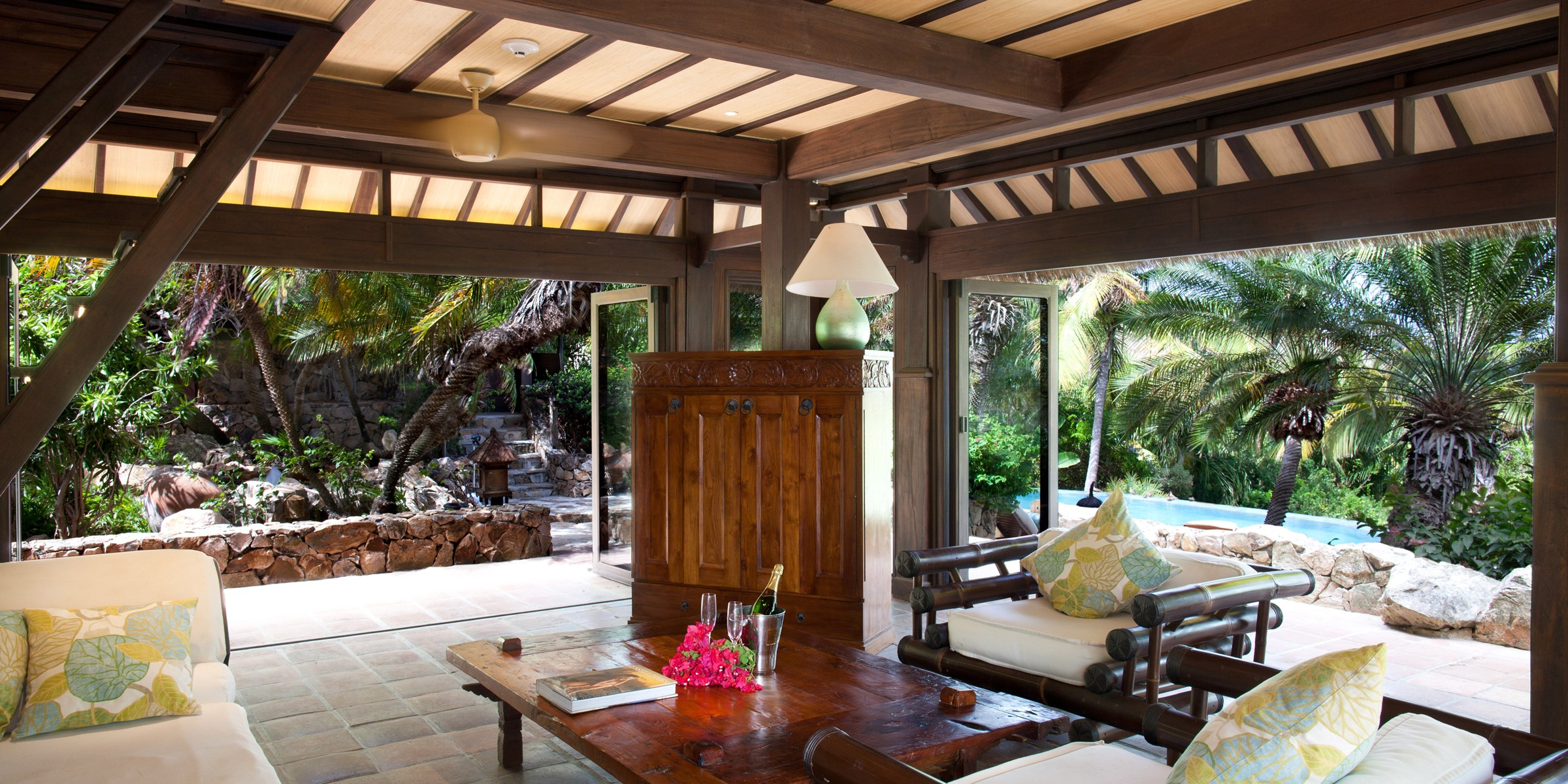Bali Lo Lounge