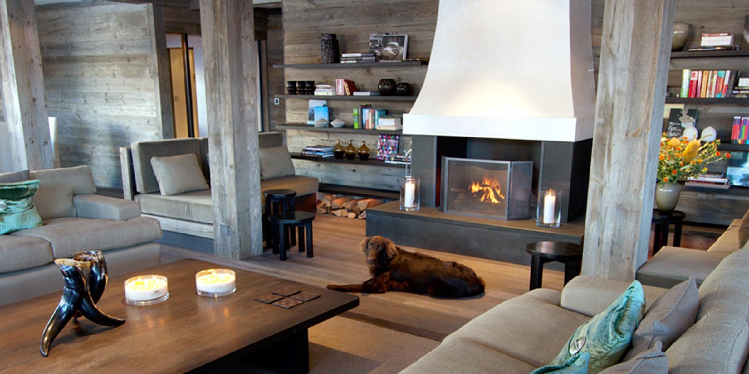 The Lodge Thingstodo Lounge Large