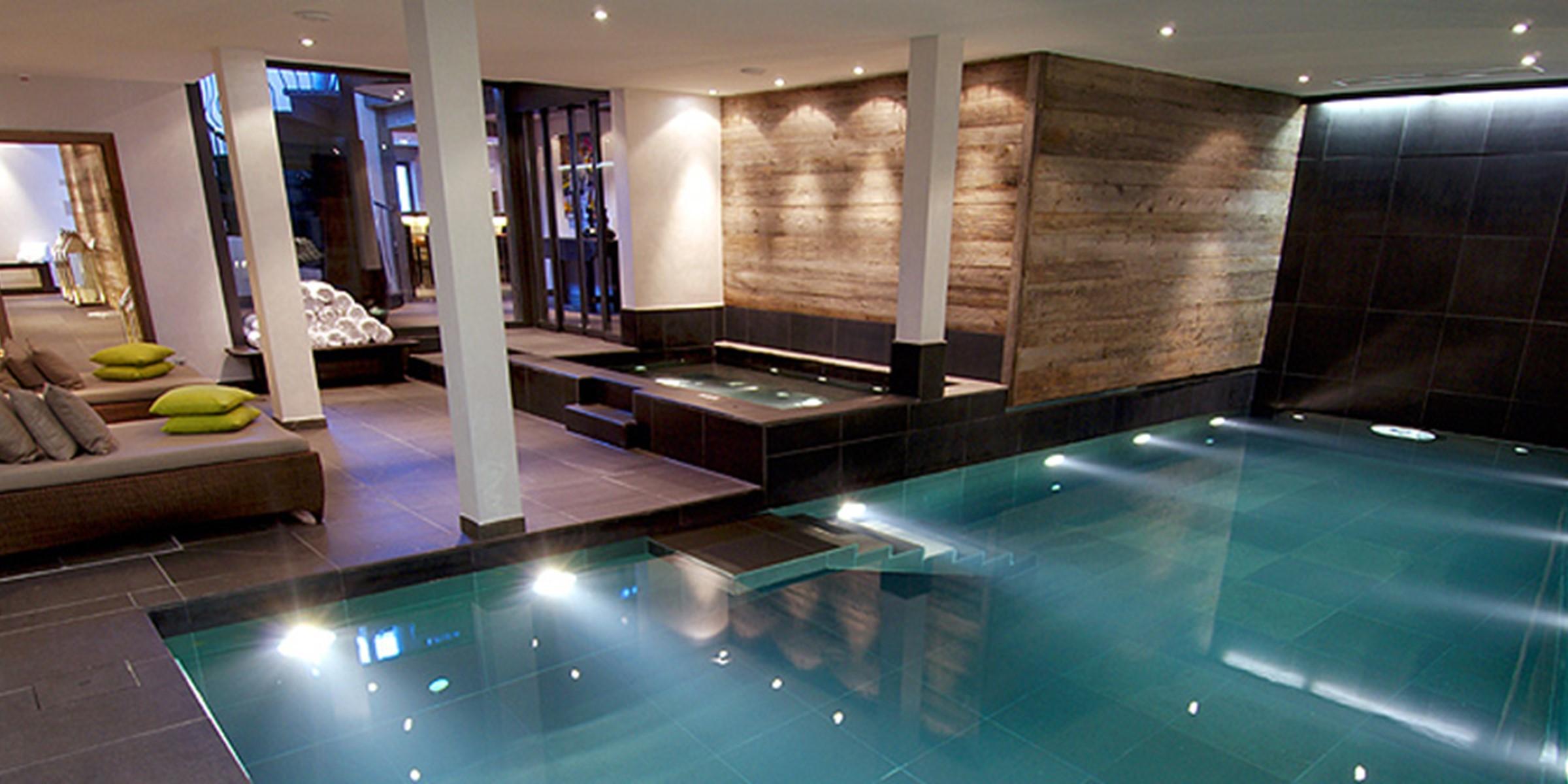 The Lodge Thingstodo Indoor Pool Large