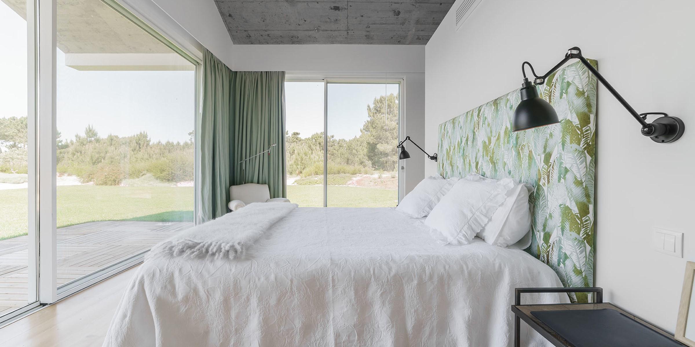 4 Master Bedroom