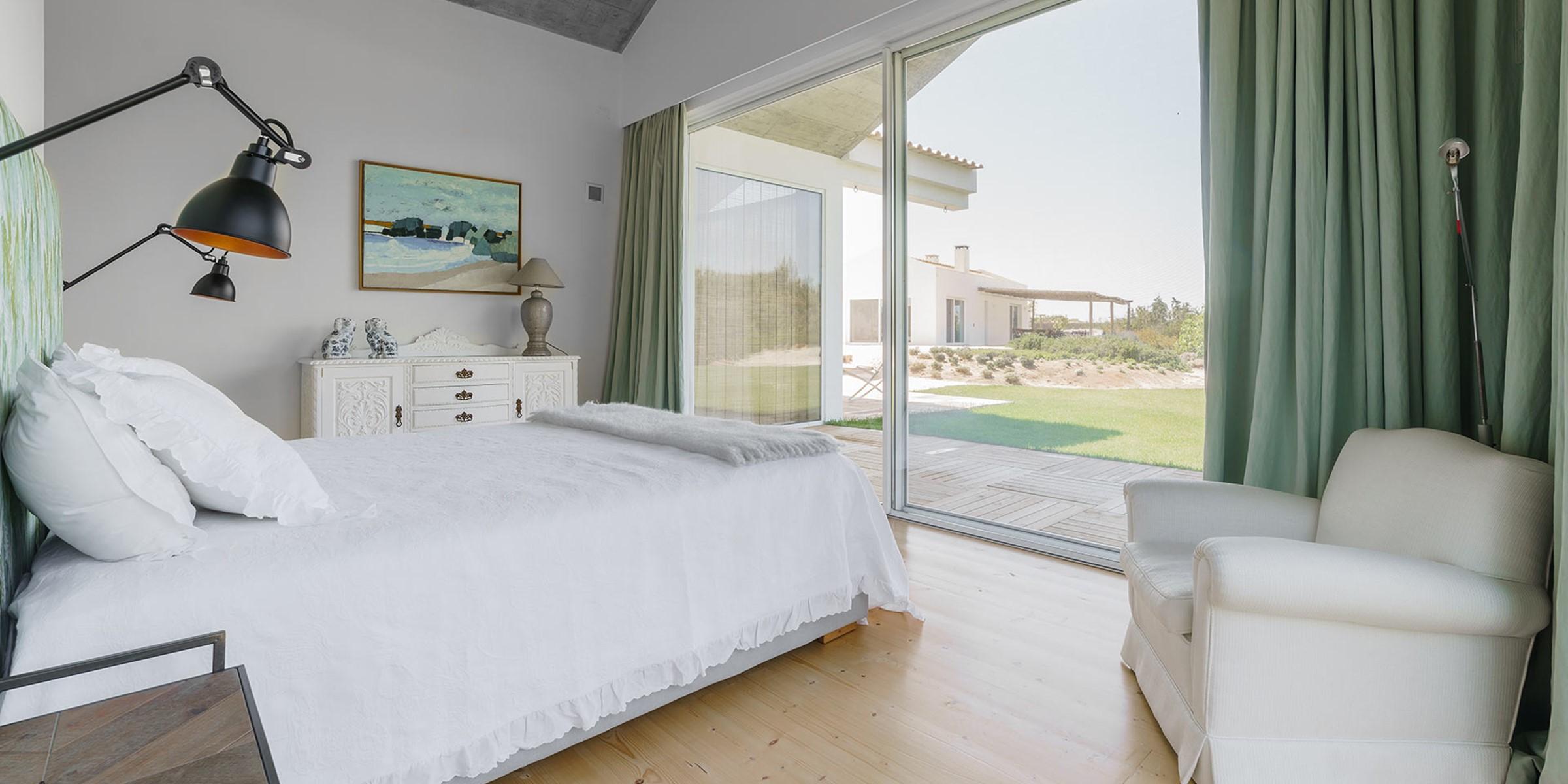 5Master Bedroom